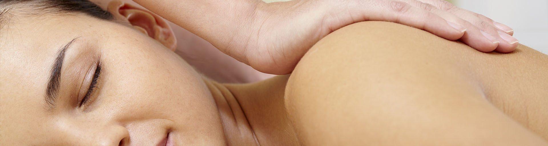 Massagem Relaxante e Terapêutico